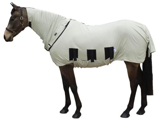 qhp-anti-fly-rug-with-neck-and-hood-145